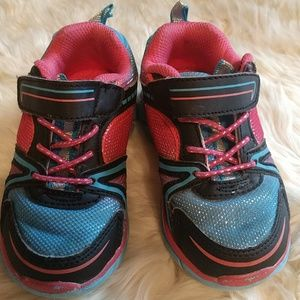 Other - Toddler running shoes